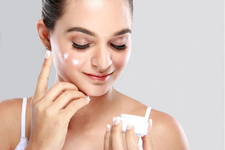 Como economizar com cuidados de beleza sem receitas caseiras